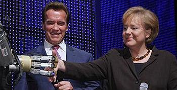 Schwarzenegger eröffnet Cebit 2009