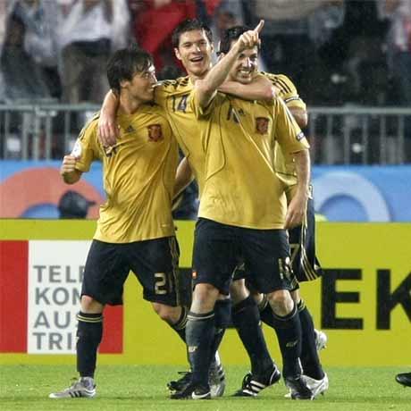3:0 - Spanien im Finale