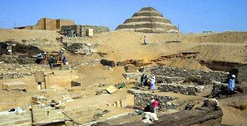30 Mumien entdeckt